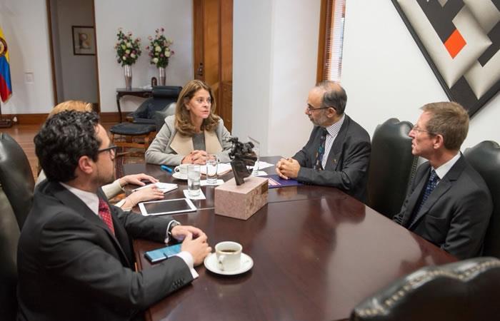 Marta Lucía Ramírez se reunió con el embajador del Reino Unido