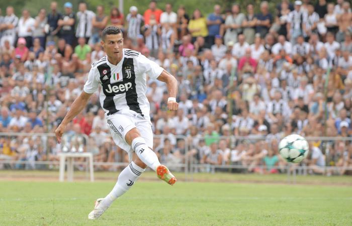 Cristiano Ronaldo se estrena con Juventus enfrentando a Chievo