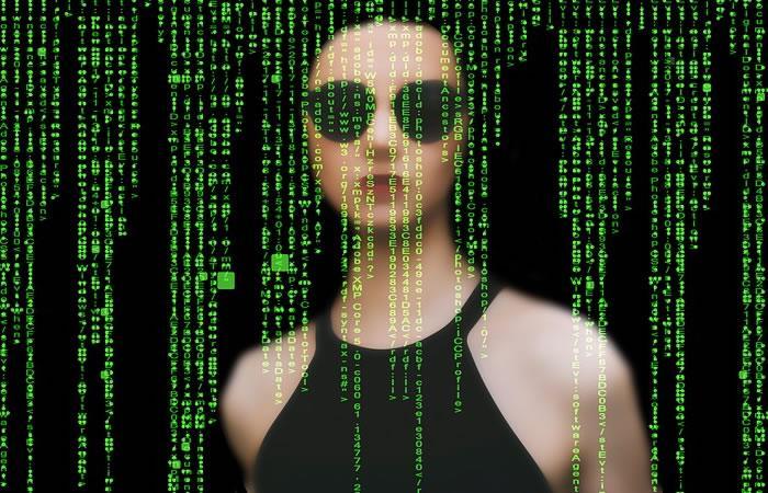 Descubren falla de ciberespionaje que controla por completo algunos equipos