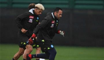 El Napoli donde juega David Ospina remontó y venció al Milan