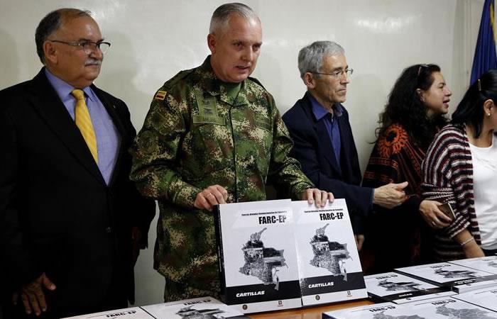 Ejército entrega 50 tomos de información relacionada con las FARC