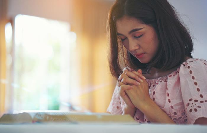 Oración para pedir por un familiar