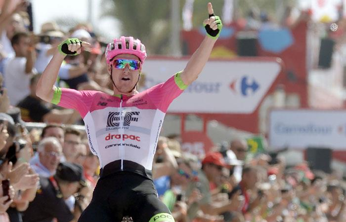 Vuelta a España: Simon Clarke gana la etapa y hay nuevo líder en la competencia