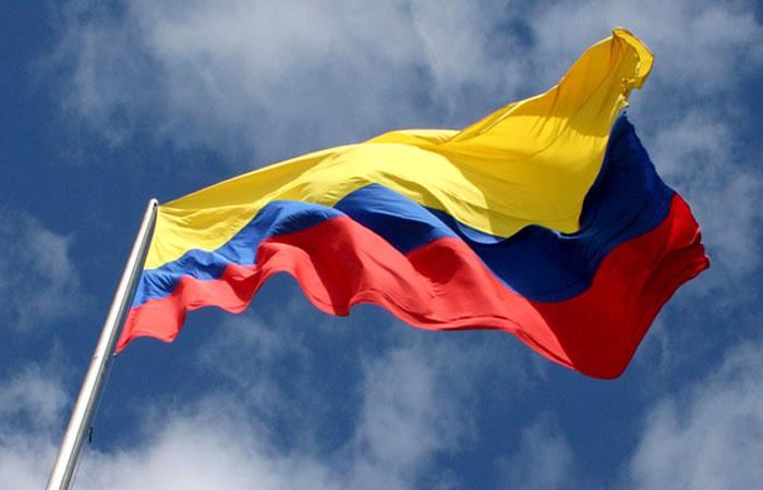 La bandera de Colombia ya está en la frontera. Foto: Pixabay