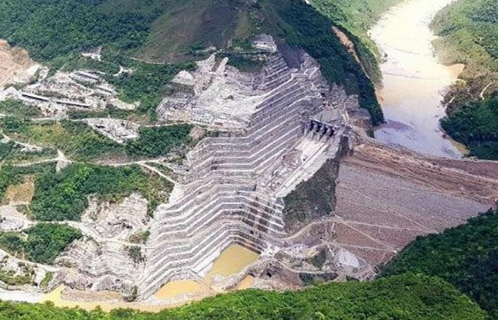 Hidroituango retrasa operación tres años tras emergencia