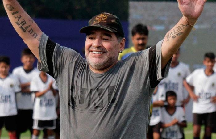Diego Armando Maradona dirigirá un equipo del fútbol mexicano