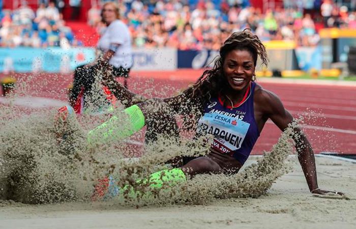 Caterine Ibargüen campeona en salto largo en la Copa Continental