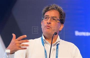 Los negocios del ministro Carrasquilla que habrían perjudicado a 117 municipios