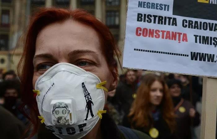 Ambientalistas radican 100.000 firmas contra el fracking