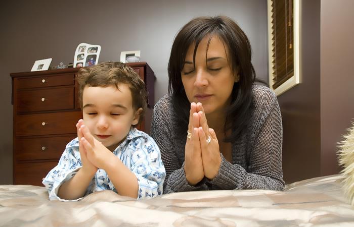 Dos oraciones para pedir por los niños