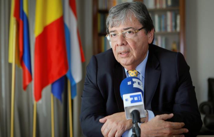 Gobierno niega categóricamente imputación de Venezuela por atentado a Maduro