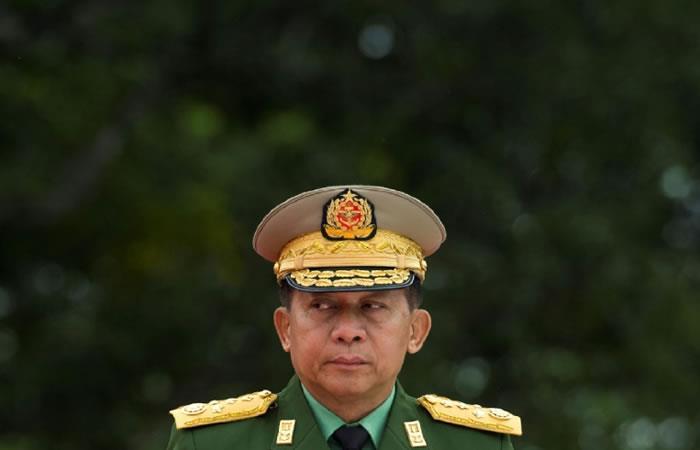 El jefe del ejército birmano, el general Min Aung Hlaing, en Rangún. Foto: AFP