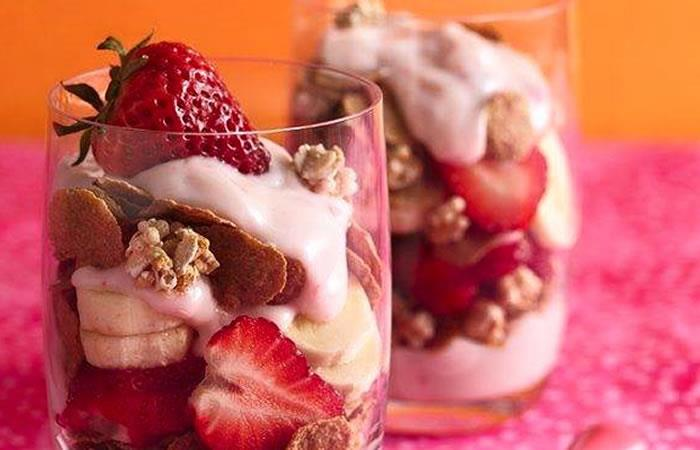 Parfait con Yogurt y Fresas