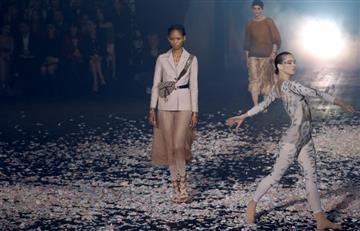París: Dior cautiva a los asistentes con un espectáculo de danza