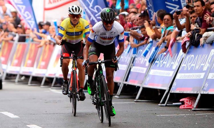 Clásico RCN: Edward Beltrán gana la etapa y Cano se afianza en el liderato