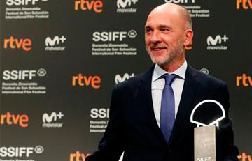 """El actor argentino Darío Grandinetti gana la Concha de Plata por """"Rojo"""""""