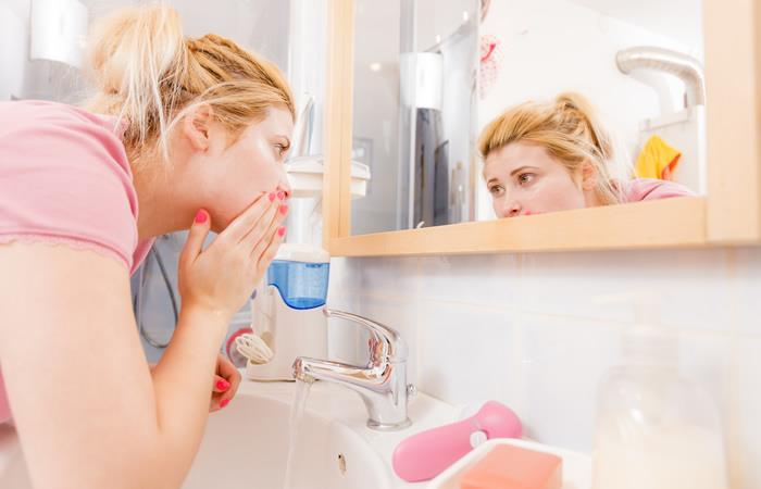 5 errores que cometemos al lavarnos la cara