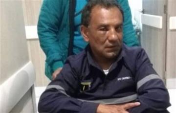 Vendedor ilegal golpea a trabajador de TransMilenio