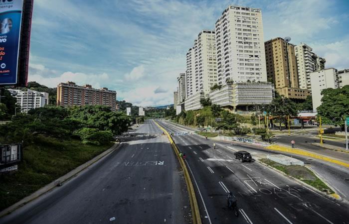 Vista de la autopista Prados del Este, en Caracas. Foto: AFP