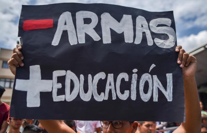 Marcha por el presupuesto de las universidades públicas. Foto: AFP
