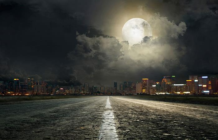 China trabaja en una 'luna' artificial para iluminar sus calles