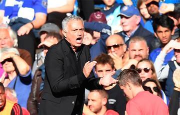 [VIDEO] Así reaccionó Mourinho cuando hincha le gritó el gol del Chealse en su cara