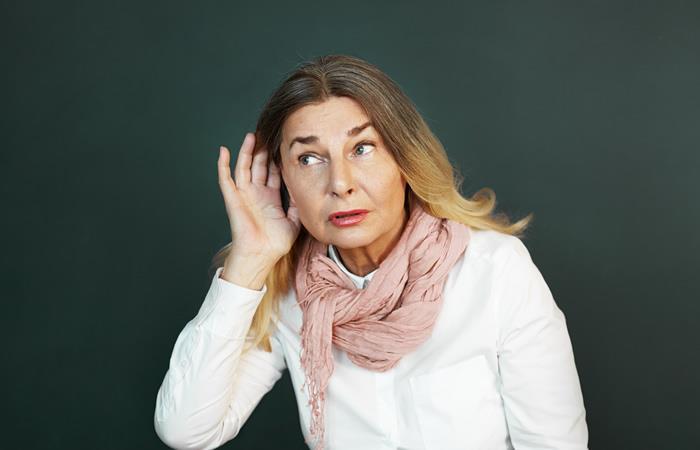 Cómo prevenir la sordera después de los 50 años