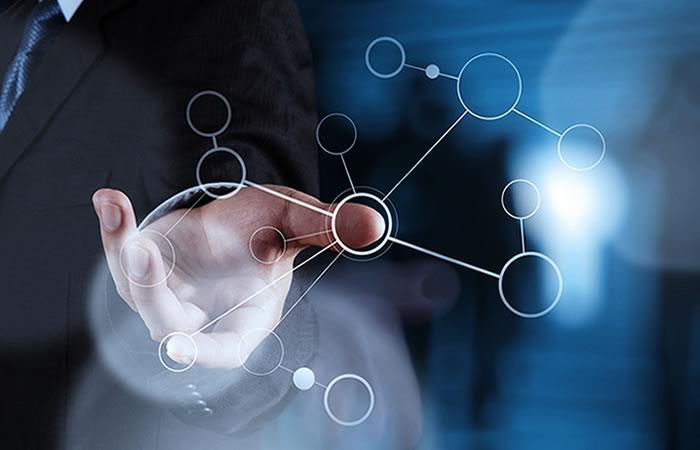 ¿Por qué es importante que las empresas colombianas inviertan en tecnología?
