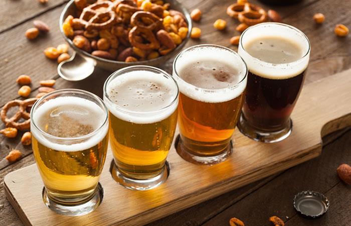 Paso a paso para catar una cerveza. Foto: ShutterStock