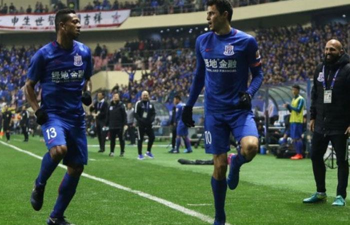 Fredy Guarín y Giovanni Moreno, jugadores colombianos en la Superliga de China. Foto: AFP