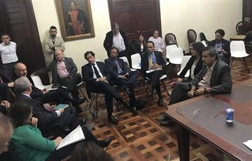 Inédita cumbre de Uribe, Petro, Cepeda y FARC sobre reforma a la JEP