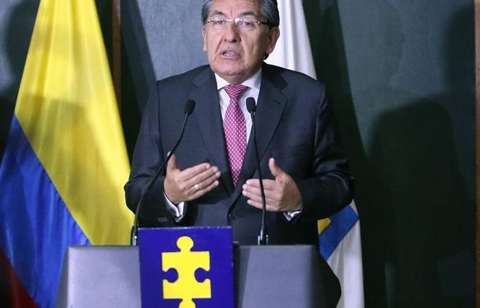 ¿Por qué debe renunciar el fiscal Néstor Humberto Martínez?