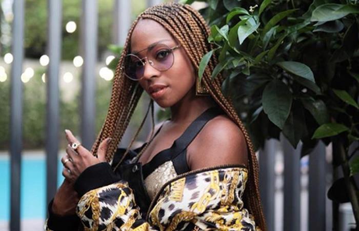 Lucir las gafas como el mejor accesorio de moda. Foto: Instagram