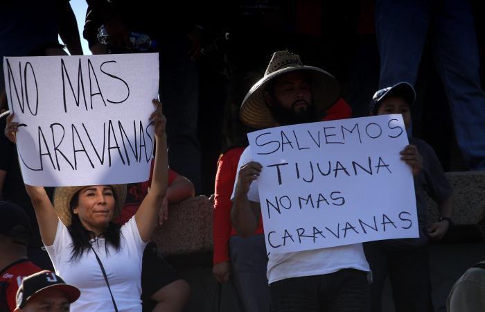 Caravana de migrantes a Estados Unidos rechazan ayudas de los mexicanos