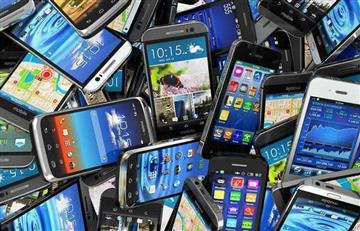 La corta vida de los celulares se debe al mercadeo