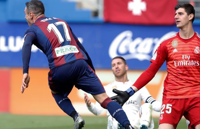 Real Madrid: ¡Debacle 'merengue'! Eibar humilla al equipo de Solari