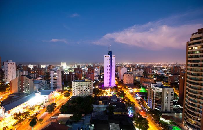 Panorámica de noche de la ciudad de Barranquilla. Foto: Shutterstock
