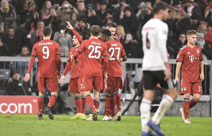 Bayern Múnich se instala en los octavos de final de la Champions League. Foto: EFE