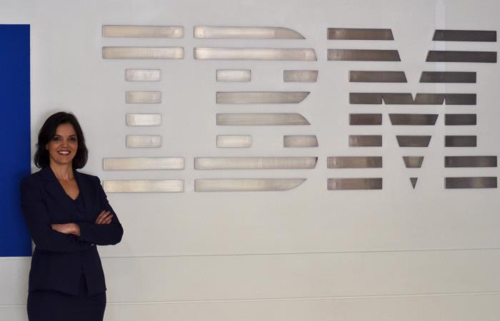 La gerente general para IBM América Latina, Ana Paula Assis, posa durante una entrevista. Foto: EFE