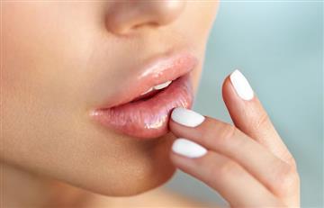 ¿Cómo exfoliar correctamente los labios?