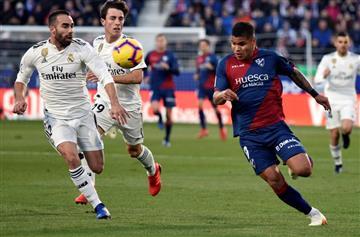 Con el 'Cucho' Hernández, Huesca sufrió inmerecida derrota ante Real Madrid