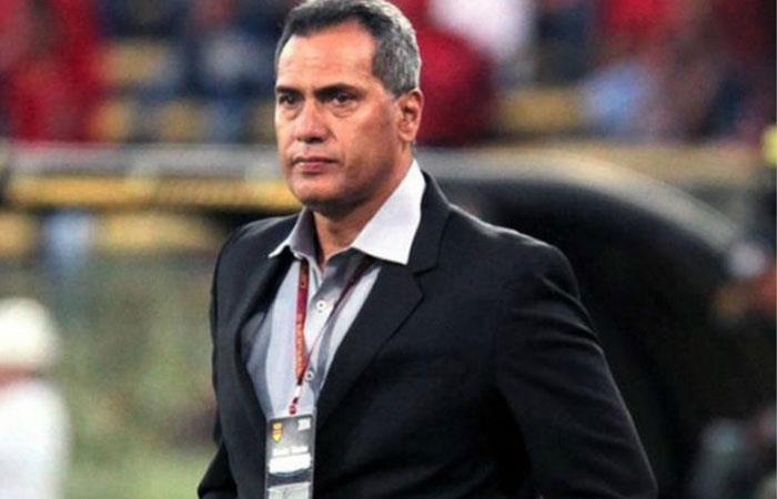 Hernán Torres deja la dirección técnica de Melgar en Perú