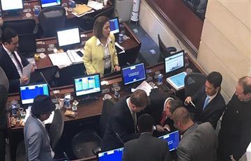¿Por qué le lanzaron ratones a bancada del Centro Democrático?