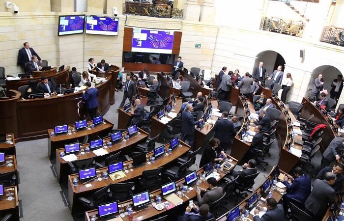 ¿Cuáles son los puntos polémicos de la Ley de financiamiento en Colombia?