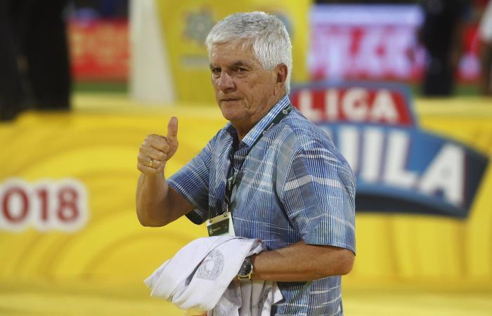 Julio Comesaña deja la dirección técnica de Junior. Foto: EFE