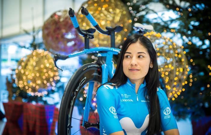 Paula Patiño, pedalista del Movistar Team. Foto: EFE