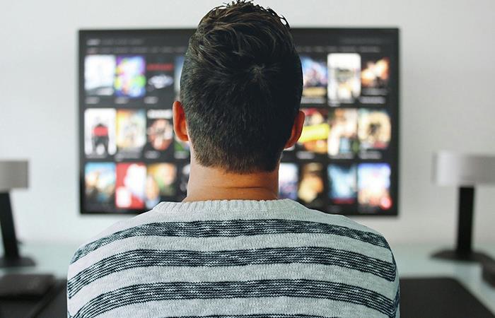 Netflix es uno de los planes predilectos para no salir de casa. Foto: Pixabay