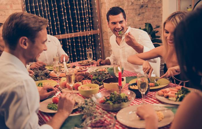 Ideas increíbles para sorprender en tu cena de fin de año. Foto: Shutterstock