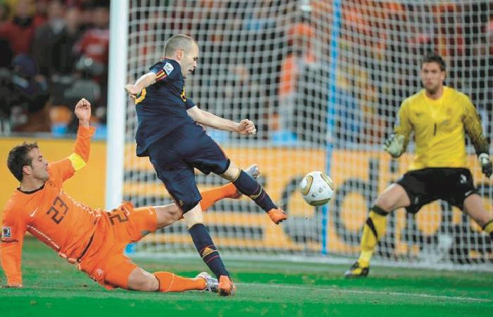 Gol de Andrés Iniesta en la final de Sudáfrica 2010. Foto: AFP