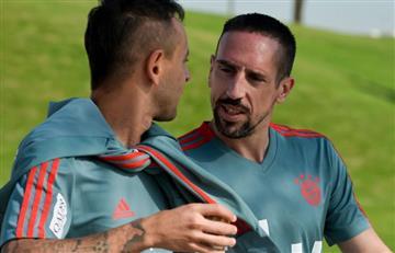 Bayern Múnich multa a Franck Ribéry por insultos en Twitter, pero también lo defiende